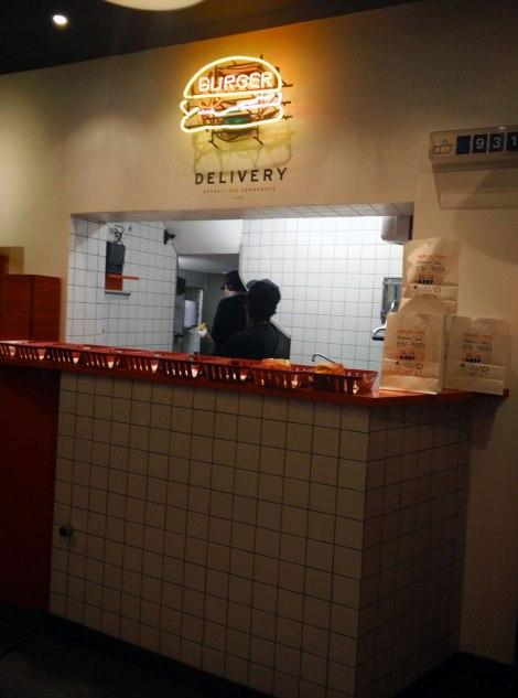 burgerandfries_avis_MollyBee_2