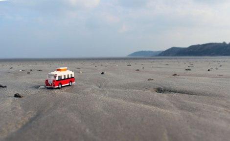 Toyphotographie - Van VW Lego - ©Molly Bee